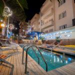 Piscina disponibile anche nelle serate estive all'Hotel Corallo