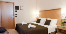 camere-con-balcone-hotel-corallo-rimini_2