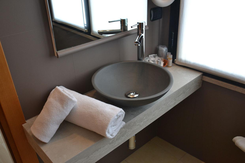 I bagni dell\'Hotel Corallo Rimini ristrutturati a nuovo | Hotel ...