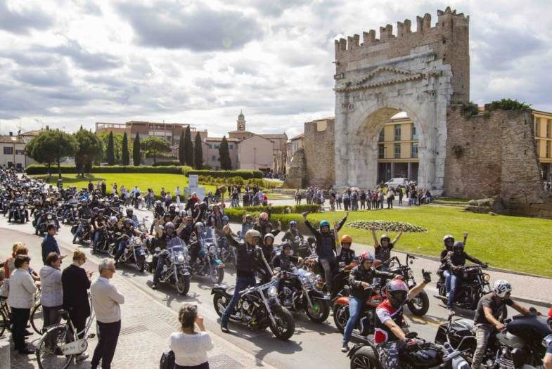 Reunion Rimini Harley Davidson piazzale Fellini hotel corallo rimini