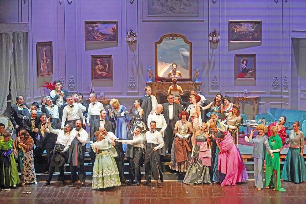 La Traviata vi aspetta al Teatro Galli di Rimini
